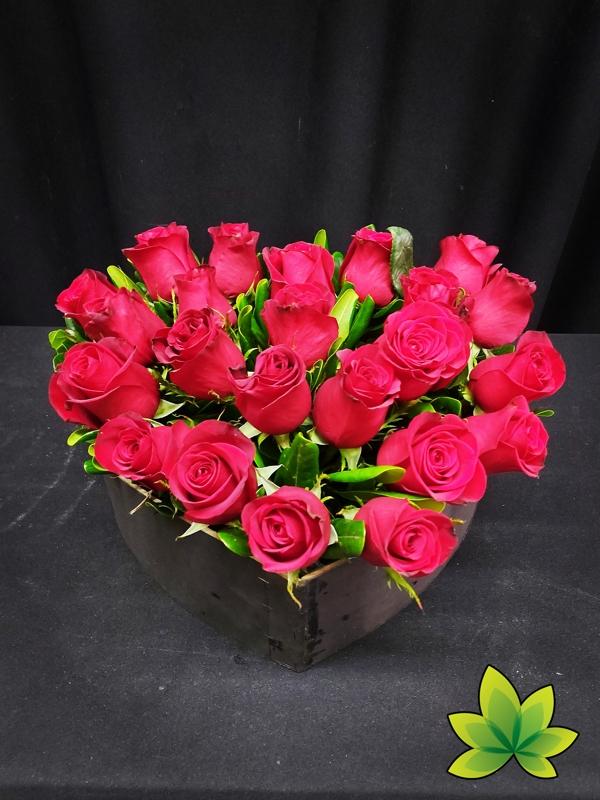 Corazón 24 rosas rojas